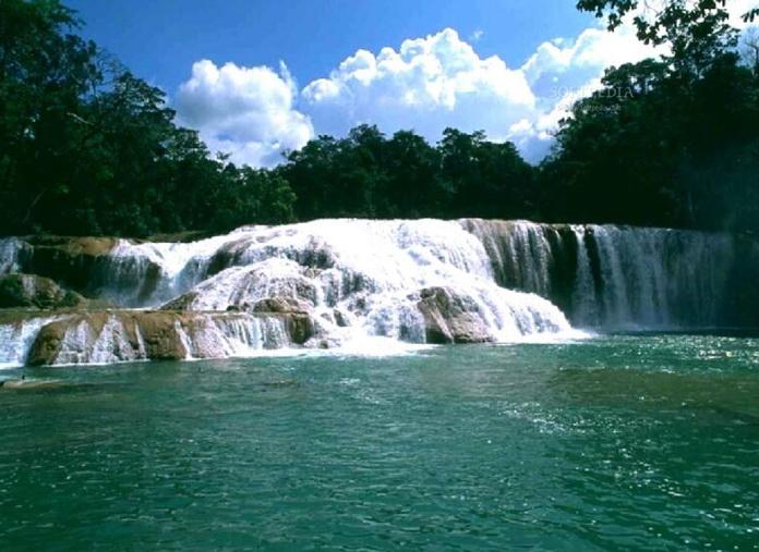 SaversPlanet Waterfalls Screensaver