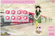 地铁的可爱美女...