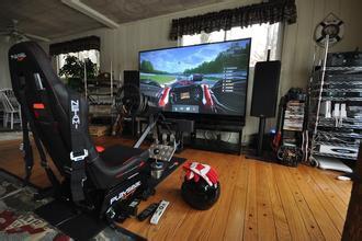 模拟赛车游戏