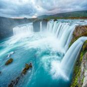 神奇的瀑布景观:自由拼图 1