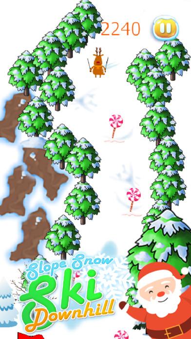 滑雪坡下雪