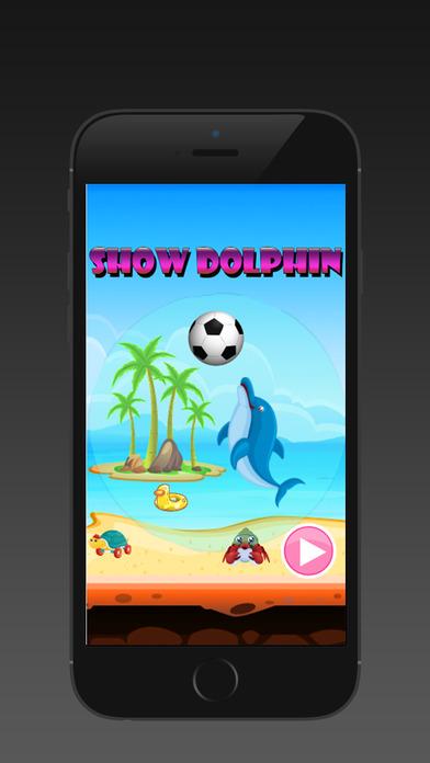 展會海豚 - 海洋動物遊戲的孩子。