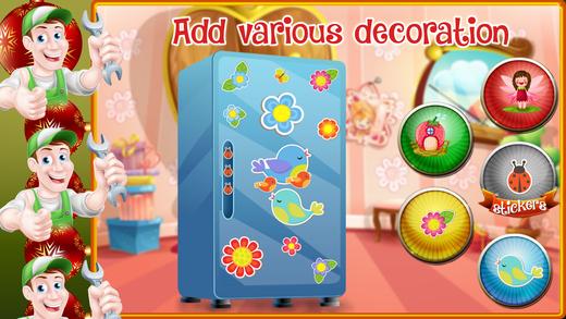冰箱维修店 - 小修理工修好客户的冰箱