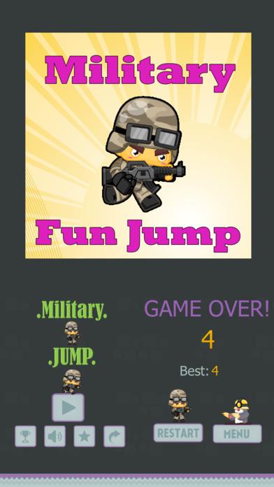 Military Funny Run Jump 英雄滑稽的人