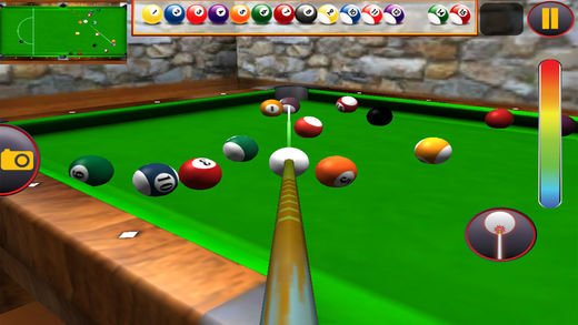 游泳池斯诺克8球真正的比赛