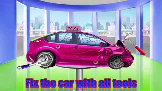 女孩粉红色出租车修理