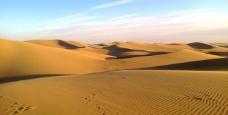 沙漠探险旅游胜地—巴丹吉林沙漠导游词