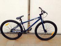 野外特技自行车...