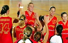 女篮比赛总结