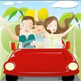 开车和朋友去旅...