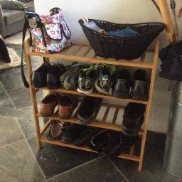 Even shelves