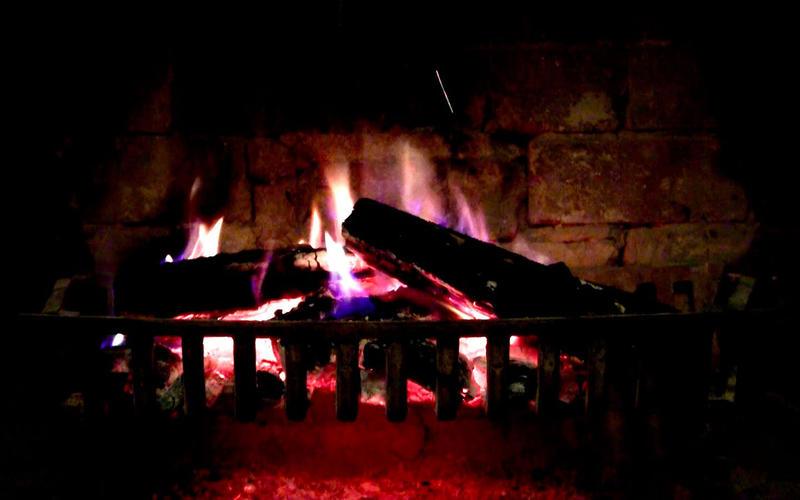 壁炉 HD: 浪漫屏保截图5